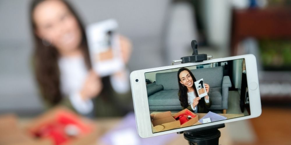 Online live Course HCBC: Create amazing videos for your business